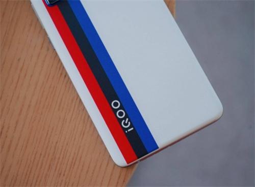 iQOO花了2年时间与行业巨头打了一场硬仗挺入安卓前二 科技 业界 第3张